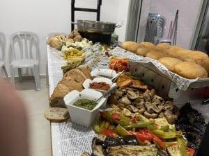 שולחן שוק חלבי-צורסק'ו