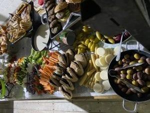 שולחן שוק במסיבת יום הולדת-צורסק'ו