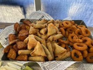 שולחן שוק מבחר מטוגנים-צורסק'ו