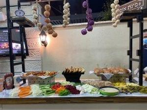שולחן שוק מיני המבורגר-צורסק'ו
