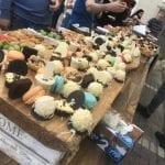 שולחן קינוחים פרווה באירוע חברה-קייטרינג צורסקו